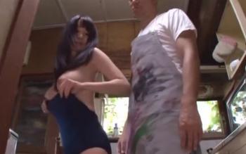 【夢乃あいか】鬼畜な画家親父襲来!娘にモデルになれと命令し、そのまま無理やりスク水着衣セックス