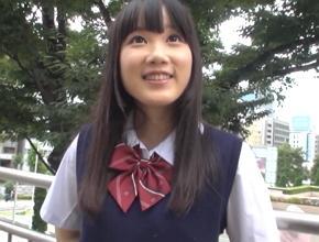 【素人】美少女ロリJKが親にはナイショでネットで知り合った男性と援交セックス! 宮崎あや