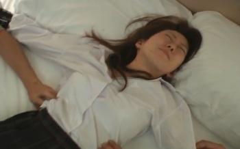 【くすぐり】ぶちゃいくな女にJKコスをさせてベッド拘束くすぐり