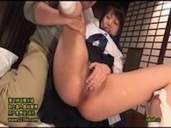 <美少女動画>戸田真琴 幼げな美少女が変態オヤジにマ○コを弄られ、肉棒をおしゃぶりしてからじっくりパコられるw