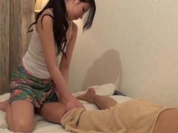 【人妻 マッサージ】Tバックで30代の人妻のマッサージバックプレイが、ホテルで。