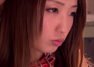 【女子校生動画】淫行教師とのSMプレイにハマるキレカワ美少女