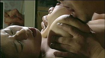 パラサイト セックス シーン