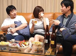 (゚∀゚)キタコレ!!ヤバすぎるだろう---❖同級生を集めて新婚ほやほやの俺の家でパーティー!!一晩中発射を要求www