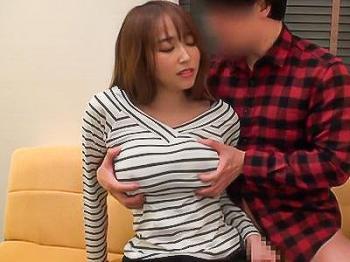 【人妻ナンパ企画】『見えないんだったら…♥♥』女ざかりのいやらしい体の人妻をナンパ、美乳おっぱいを揉みまくる!!